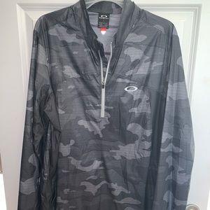 Oakley lightweight jacket NWT *great gift 🎁 *